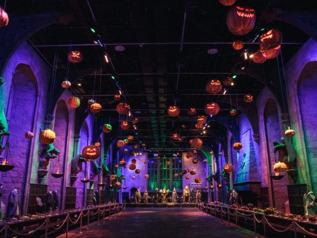 https://londonplanner.com/wp-content/uploads/2021/08/Pumpkins-in-the-Great-Hall-640x480.jpg