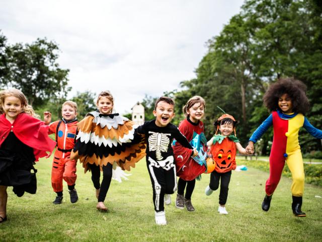 https://londonplanner.com/wp-content/uploads/2021/10/Halloween-kids-featured-image-01-640x480.png